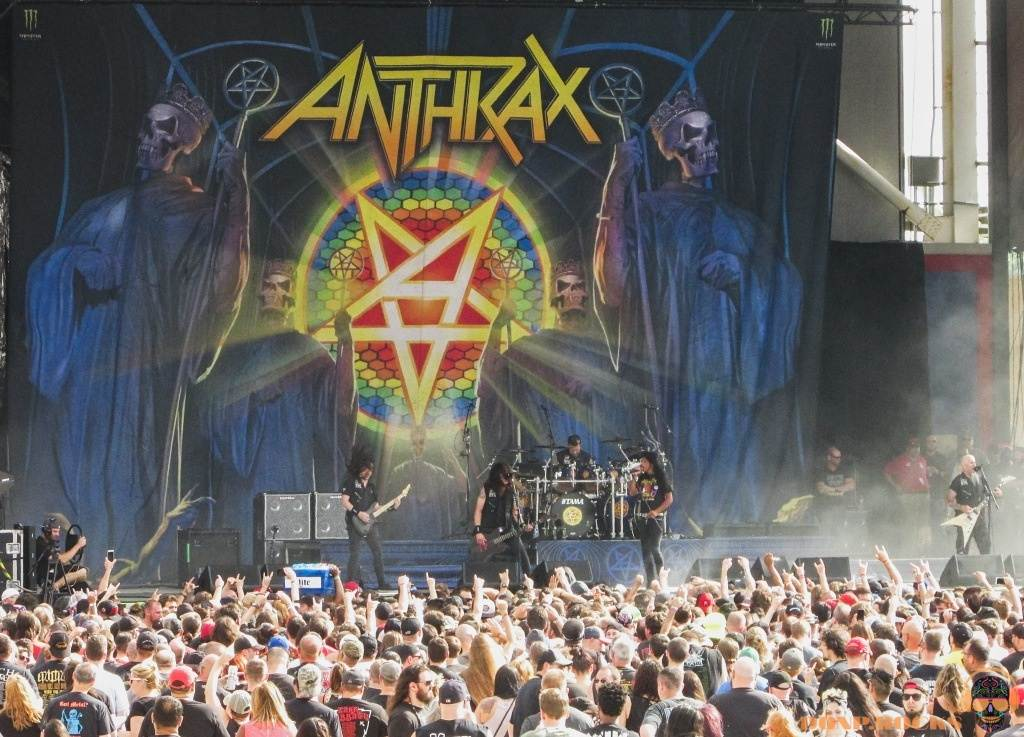 lergendary anthrax thrashes chicago open air festival in chicago